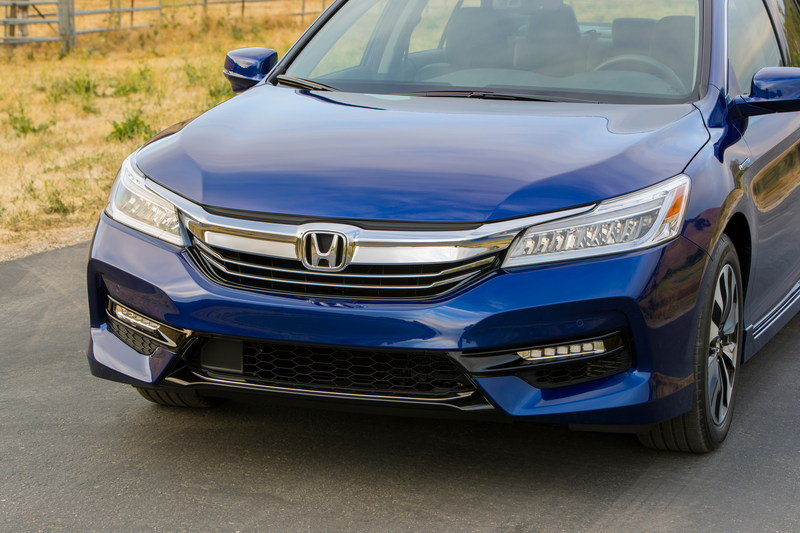 2017 Honda Accord Hybrid - Picture 679635 | car review @ Top Speed
