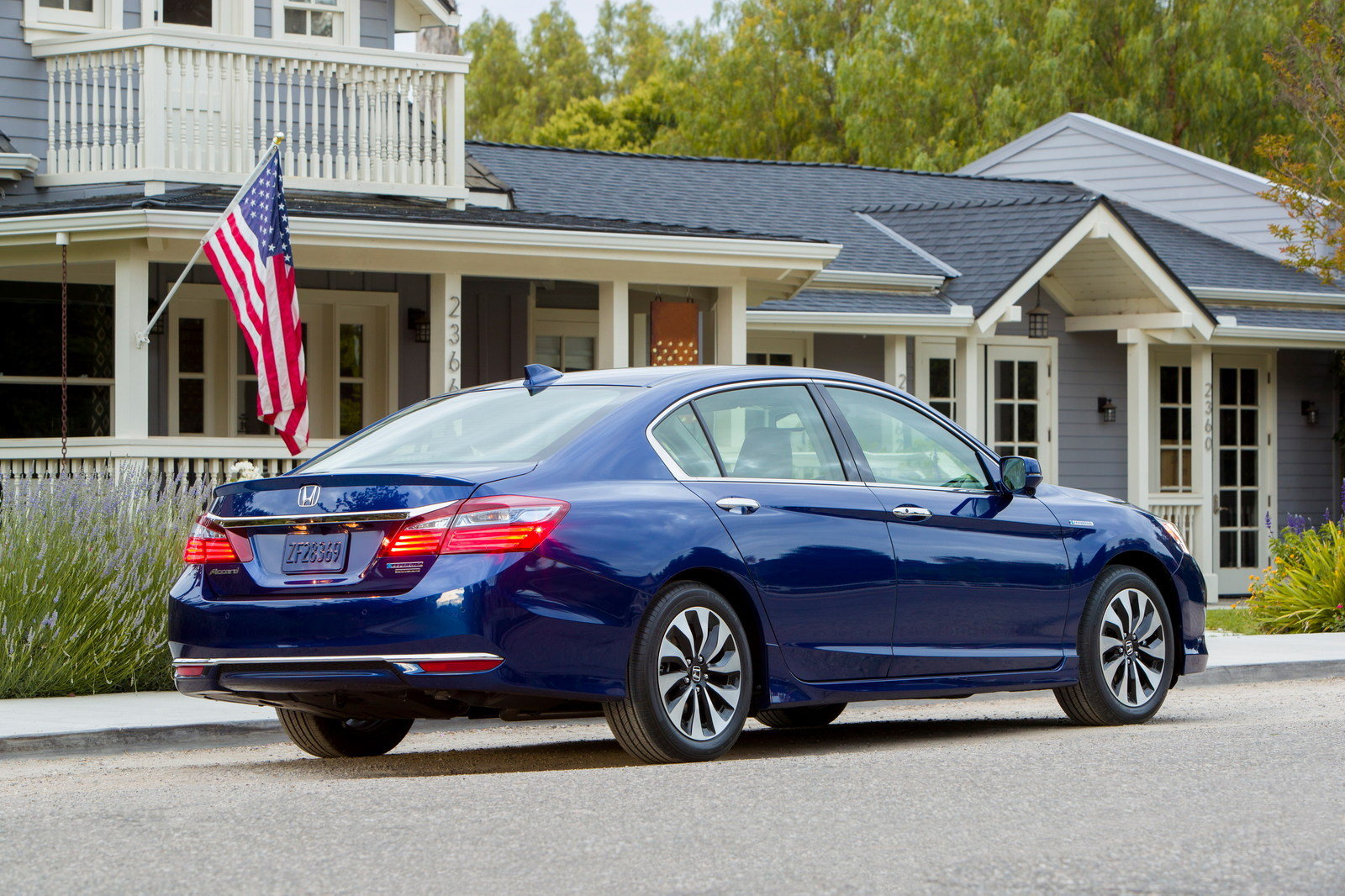 2017 honda accord hybrid review 2017 2018 best cars for 2017 honda accord prices paid