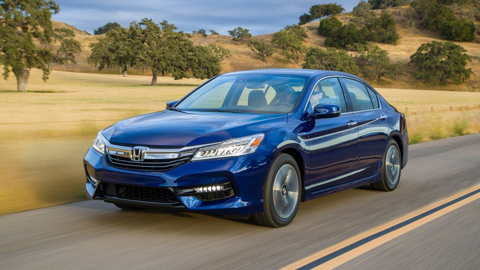 2017 honda accord hybrid review top speed for Best honda accord year