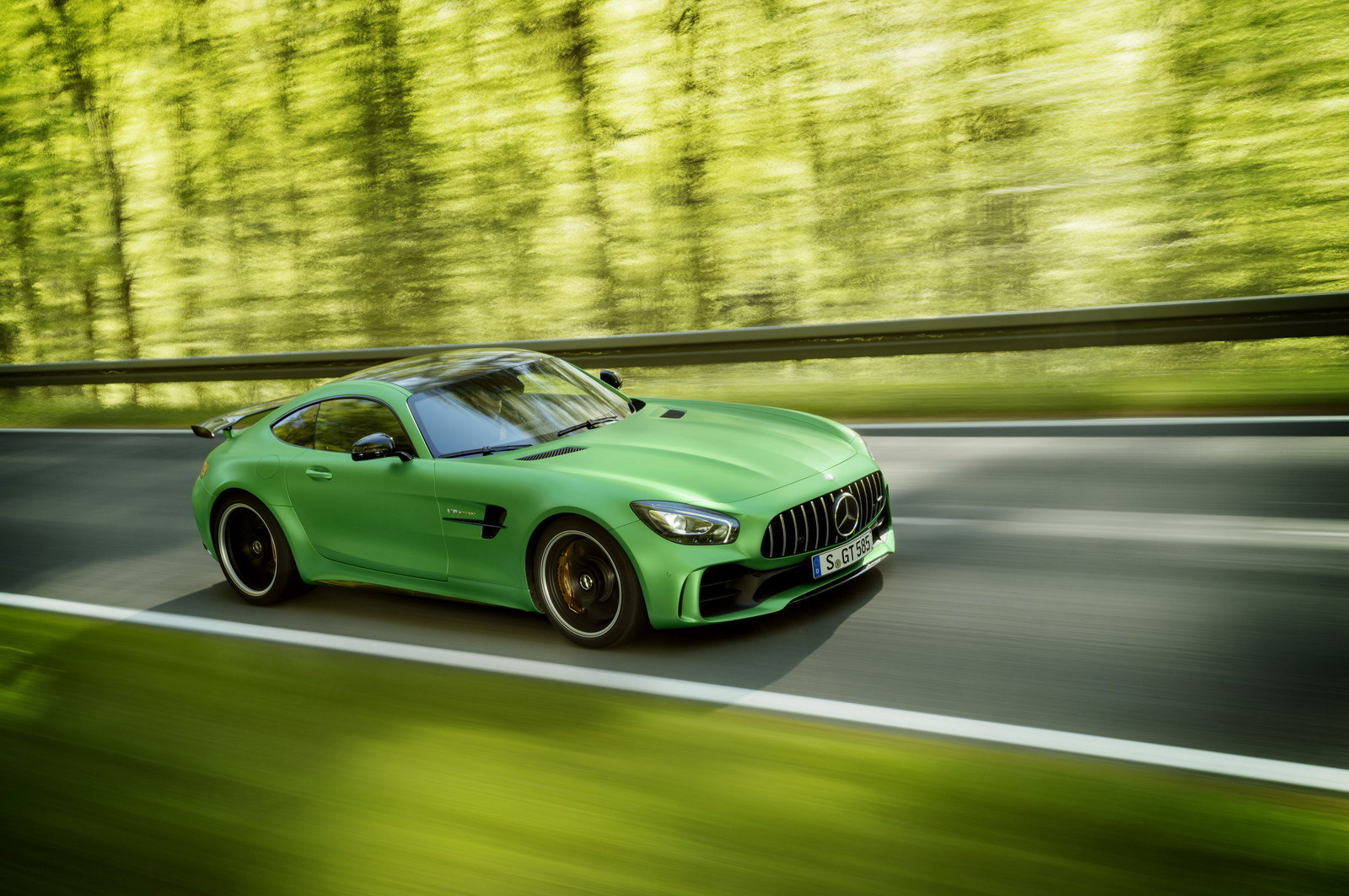 2018 mercedes amg gt r picture 681338 car review top speed. Black Bedroom Furniture Sets. Home Design Ideas