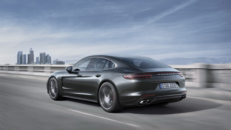 2018 Porsche Panamera High Resolution Exterior - image 681042