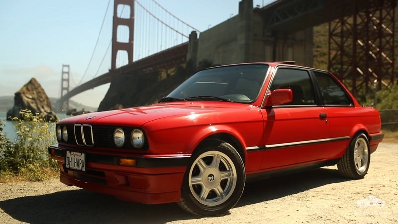 A Woman Discusses Her Love For the E30 3 Series: Video