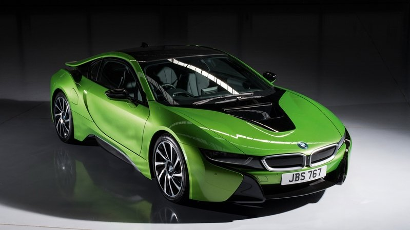BMW Considering All-Electric Replacement For The i8 Hybrid Sports Car