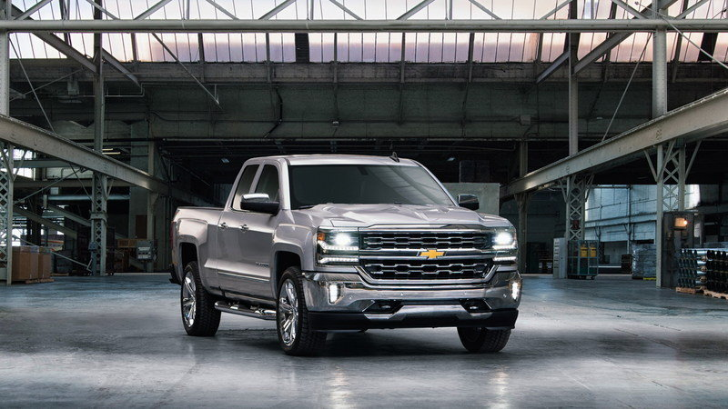 Chevy Bashes Ford over Aluminum Cargo Bed