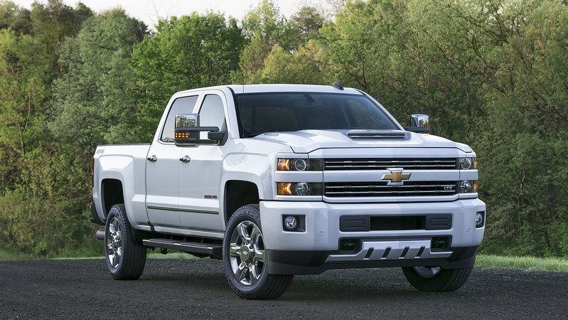 Chevy Debuts Air Intake System for Duramax-Powered Silverado HDs