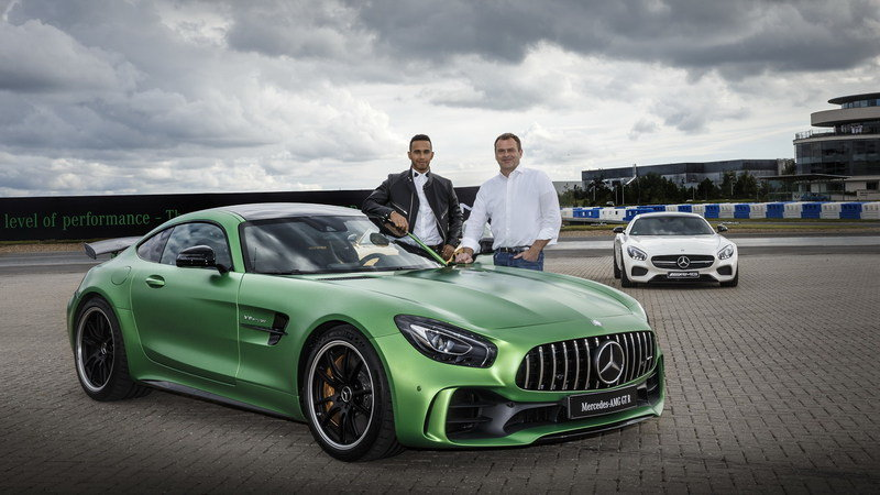 Lewis Hamilton In Discussion With Mercedes To Design Limited Edition AMG Sports Car