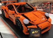 Life-Sized Lego Replica Of Porsche 911 GT3 RS Is A Thing Of Beauty - image 679003