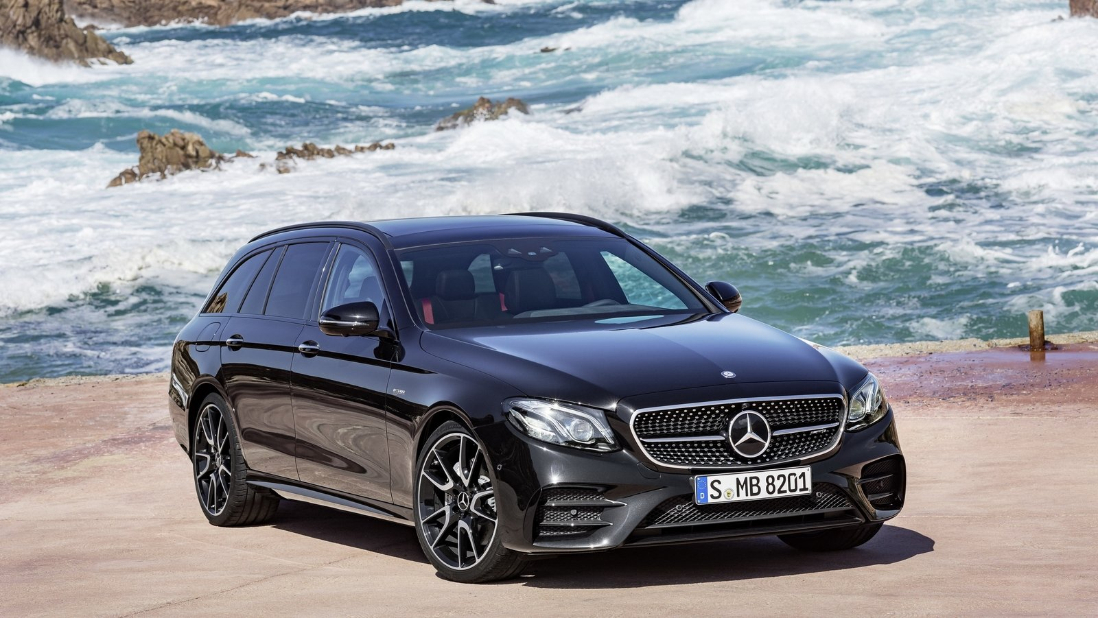 2017 mercedes amg e43 4matic estate review top speed. Black Bedroom Furniture Sets. Home Design Ideas