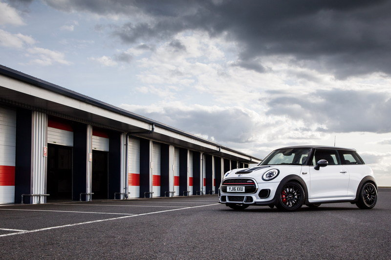 2016 Mini John Cooper Works Challenge High Resolution Exterior - image 679588