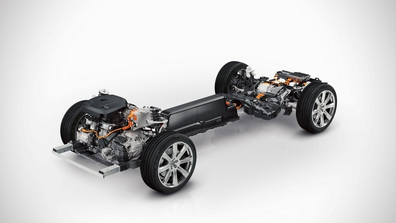 Volvo Considering Replacing Diesel Engines With Gas Hybrid Powertrains