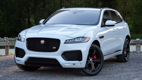 2017 jaguar f pace driven review top speed. Black Bedroom Furniture Sets. Home Design Ideas