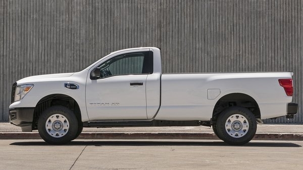 2017 nissan titan xd single cab truck review top speed. Black Bedroom Furniture Sets. Home Design Ideas