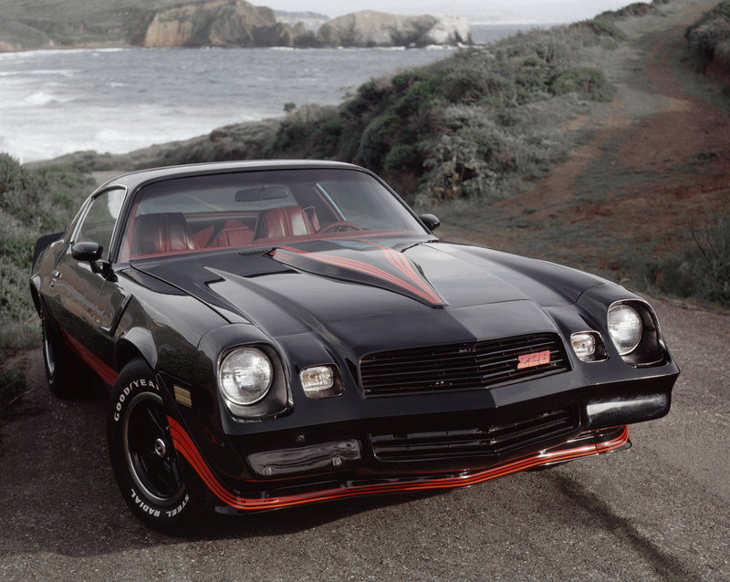 Get Your Daily Dose of Camaro Awesomeness with These Vintage Press Photos