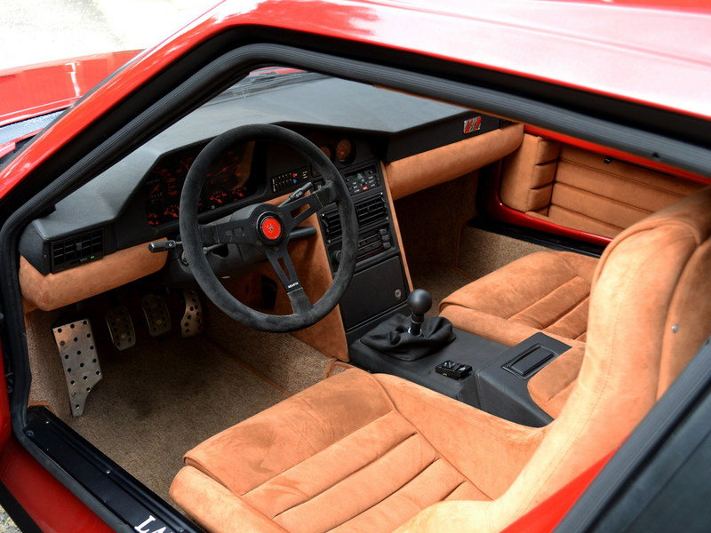 1985 Lancia Delta S4 Stradale High Resolution Interior - image 682778