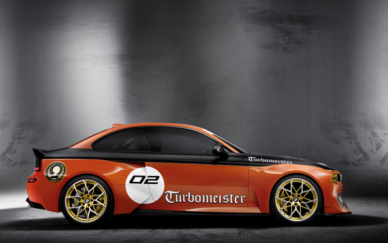 BMW 2002 Hommage Gets Racing Livery And New Wheels At Pebble Beach
