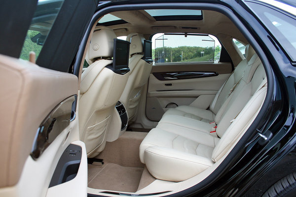 2016 cadillac ct6 driven car review top speed. Black Bedroom Furniture Sets. Home Design Ideas