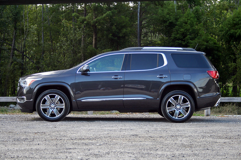 2017 gmc acadia denali driven review top speed. Black Bedroom Furniture Sets. Home Design Ideas
