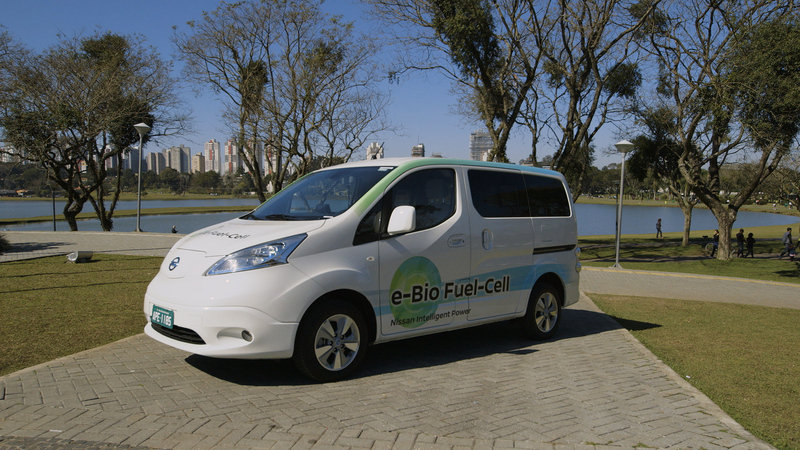 2017 Nissan Solid-Oxide Fuel Cell NV200 Van High Resolution Exterior Press Releases - image 684104