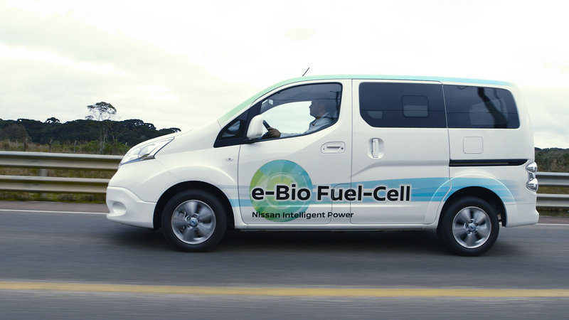 2017 Nissan Solid-Oxide Fuel Cell NV200 Van High Resolution Exterior Press Releases - image 684093