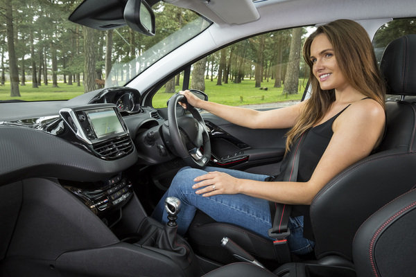 2017 peugeot 208 allure premium car review top speed. Black Bedroom Furniture Sets. Home Design Ideas
