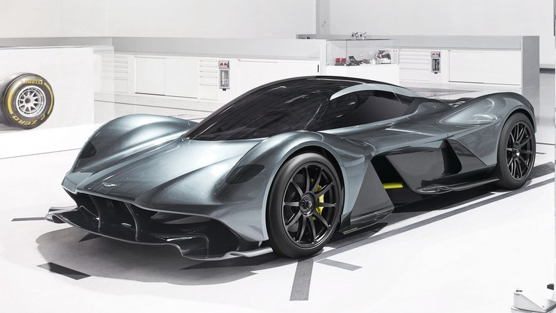 AM-RB 001 Hypercar Could Have Hybrid Drivetrain and Active Suspension