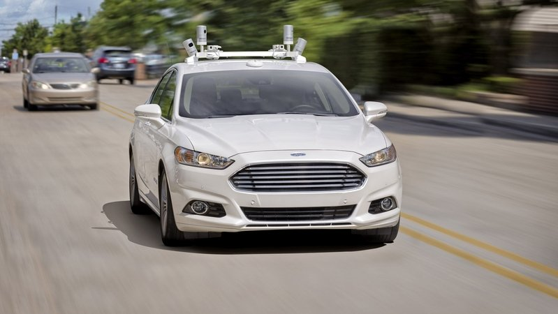Ford CEO Wants To Sell Driverless Cars By 2025