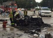 Lamborghini Huracan Breaks in Half, then Bursts into Flames in Chicago - image 684935