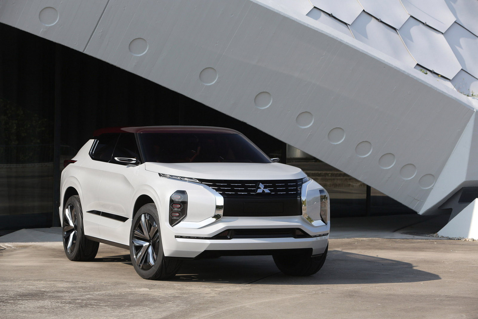 Perfect 2016 Mitsubishi GTPHEV Concept  Picture 689985  Car