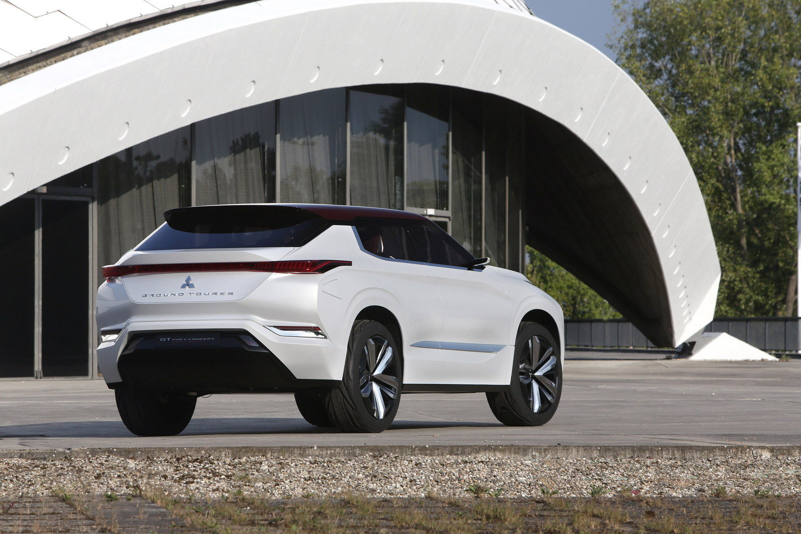 New 2016 Mitsubishi GTPHEV Concept  Picture 689986  Car
