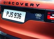 2017 Land Rover Discovery - image 689699