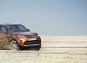 2017 Land Rover Discovery - image 689716
