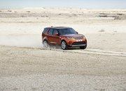 2017 Land Rover Discovery - image 689717