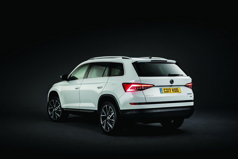 2017 skoda kodiaq review top speed. Black Bedroom Furniture Sets. Home Design Ideas