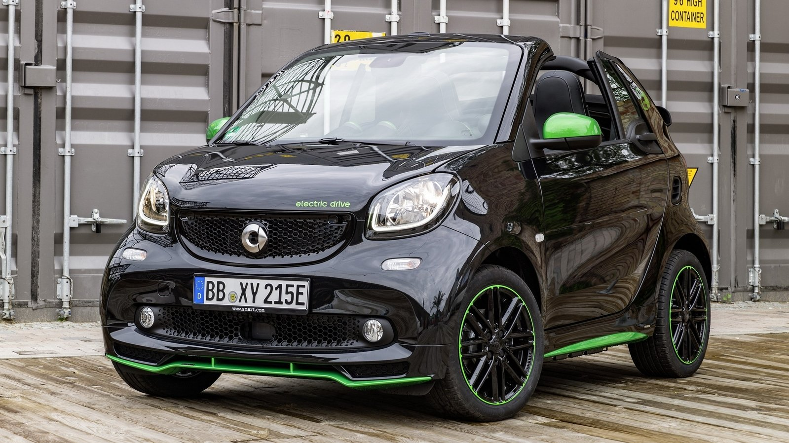 2017 smart fortwo electric drive review top speed. Black Bedroom Furniture Sets. Home Design Ideas