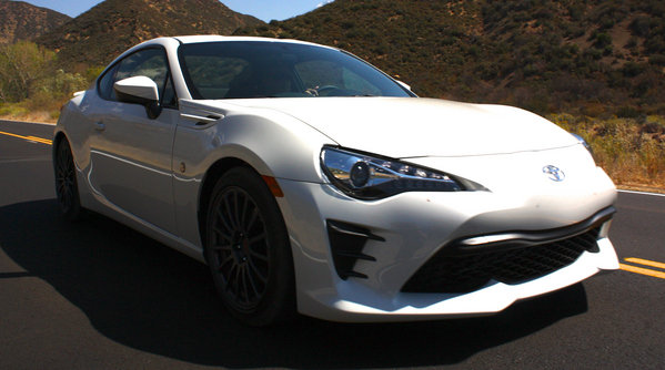 Pearlescent Car Paint >> 2017 Toyota 86 – Driving Impression And Review   car News @ Top Speed