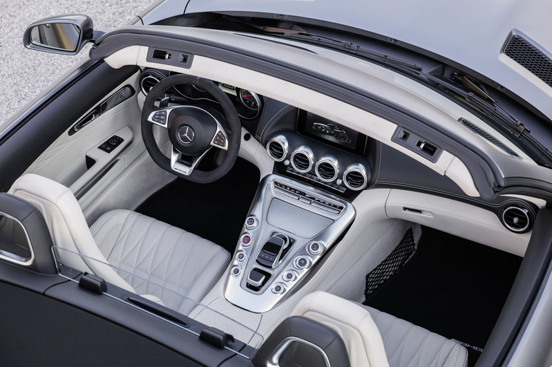 2018 Mercedes-AMG GT Roadster High Resolution Interior - image 688407