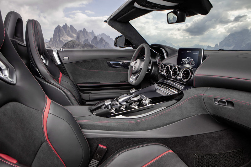 2018 Mercedes-AMG GT Roadster High Resolution Interior - image 688418