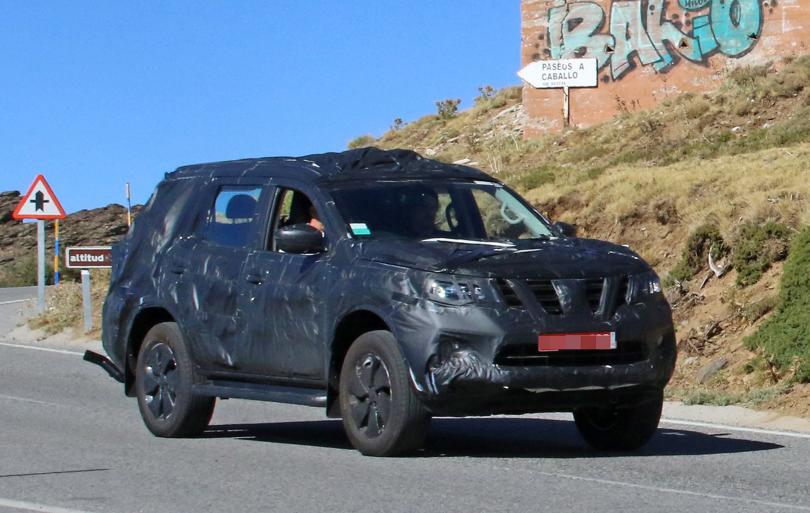 nissan navara suv picture  truck review  top speed
