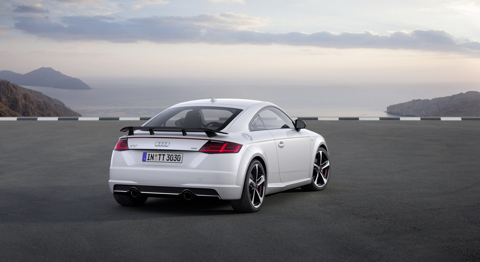 2017 audi tt s line competition picture 689165 car review top speed. Black Bedroom Furniture Sets. Home Design Ideas