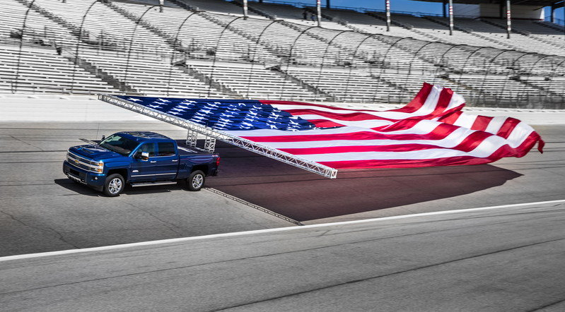 Chevy Sets Guinness Record with Patriotism