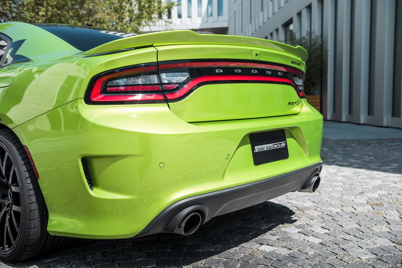2016 Dodge Charger SRT Hellcat by Geiger Cars
