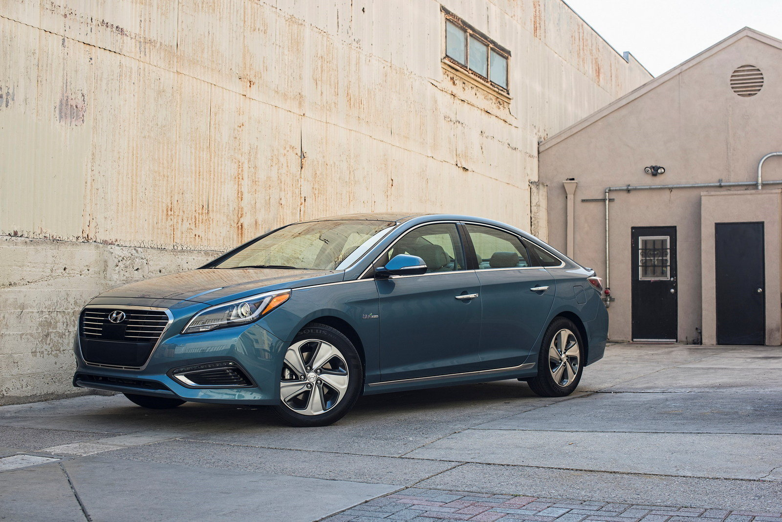 2017 hyundai sonata plug in hybrid electric vehicle picture 688074 car review top speed. Black Bedroom Furniture Sets. Home Design Ideas