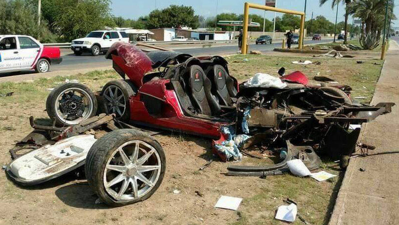 Koenigsegg CCX Totaled in Mexico