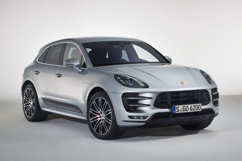 2017 Porsche Macan Turbo with Performance Package - image 686975
