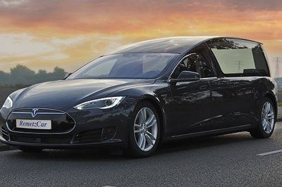 RemetzCar Builds World's First Tesla Model S Hearse