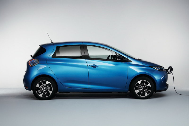 Renault Zoe Debuts In Paris With Record 250-Mile NED Range