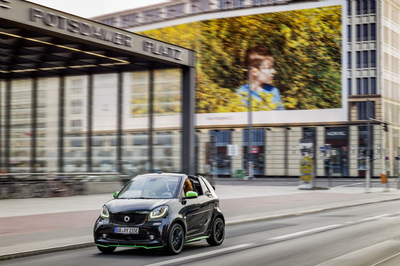 Daimler and BMW to Join Forces on the Mobility Front