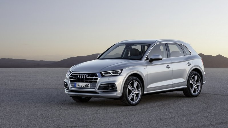 The Audi Q5 Drops Some Weight, Gains Some Power, and Gets an Updated Quattro AWD System