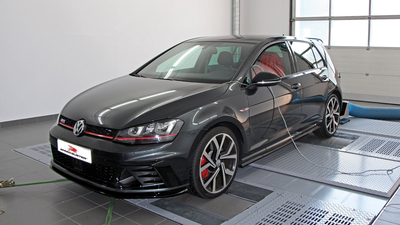2016 volkswagen golf vii gti clubsport by speed buster review top speed. Black Bedroom Furniture Sets. Home Design Ideas