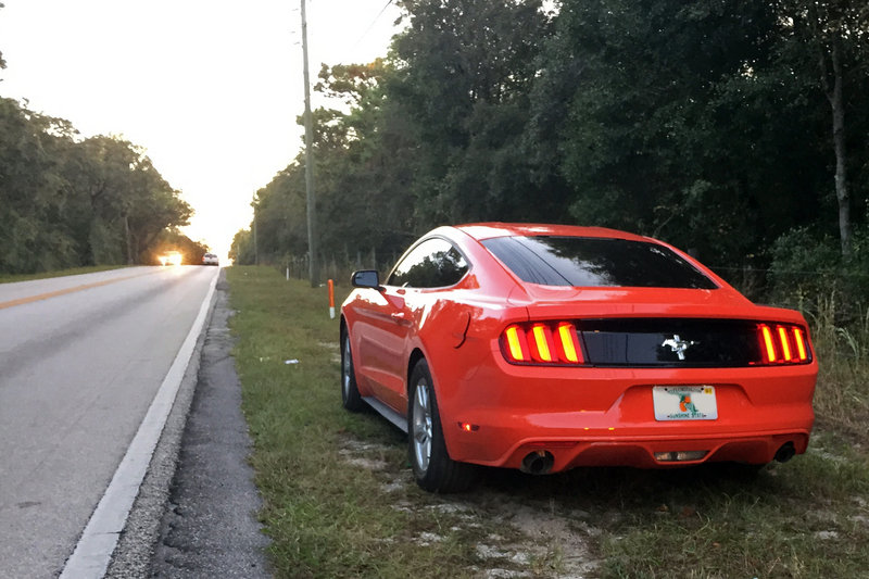 2016 Ford Mustang: It's Almost Impossible to Run Out of Gas. Almost - image 691212